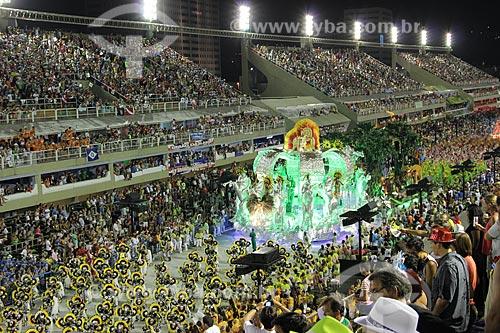 Assunto: Desfile da Escola de Samba Mocidade Independente de Padre Miguel  - Enredo 2013 - Eu vou de Mocidade com samba e Rock in Rio - Por um mundo melhor / Local: Rio de Janeiro (RJ) - Brasil / Data: 02/2013