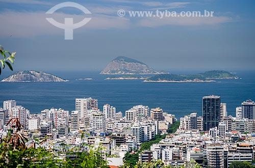 Assunto: Vista do bairro de Ipanema a partir do Parque Natural Municipal da Catacumba com o Arquipélago das Cagarras ao fundo / Local: Rio de Janeiro (RJ) - Brasil / Data: 03/2013