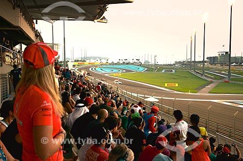 Assunto: Torcedores na arquibancada do Autódromo de Abu Dhabi (Circuito de Yas Marina) durante o Grande Prêmio de Fórmula 1 / Local: Ilha Yas - Abu Dhabi - Emirados Árabes Unidos - Ásia / Data: 11/2012