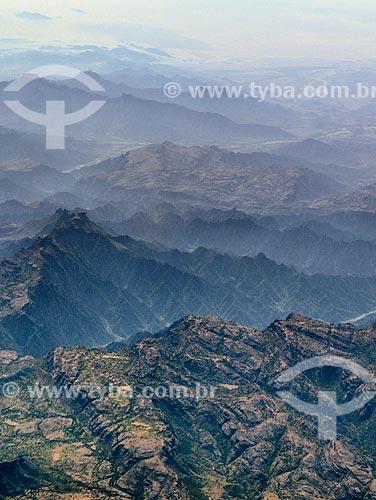 Assunto: Vista de montanhas próximo a província de Taizz / Local: Iêmen - Ásia / Data: 10/2012