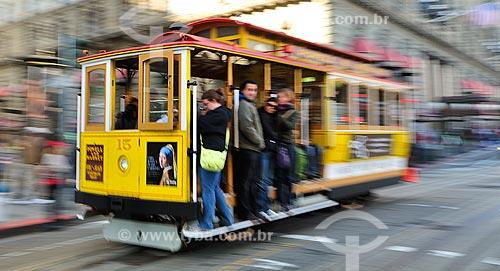 Assunto: Passageiros no bonde Cable Car / Local: São Francisco - Califórnia - Estados Unidos da América - EUA / Data: 02/2013