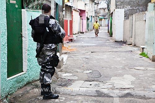 Assunto: Ocupação no conjunto de favelas do Jacarezinho e Manguinhos para implantação da Unidade de Policia Pacificadora (UPP) / Local: Rio de Janeiro (RJ) - Brasil / Data: 10/2012