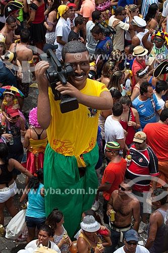 Assunto: Bonecos de Olinda durante o carnaval de rua - representa um cinegrafista / Local: Olinda - Pernambuco (PE) - Brasil / Data: 02/2013