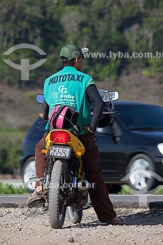Assunto: Mototaxista na cidade de Goiana / Local: Goiana - Pernambuco (PE) - Brasil / Data: 02/2013