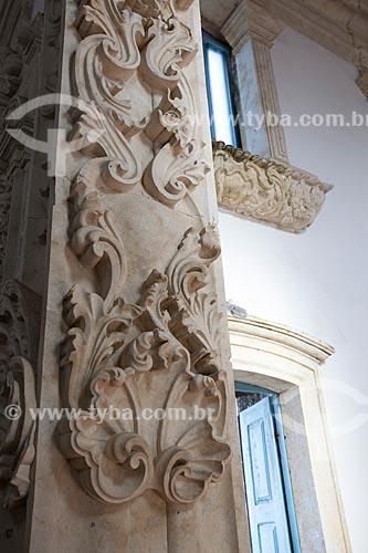 Assunto: Detalhes decorativos no interior da Igreja de Nossa Senhora da Guia (Século XVI) - também conhecida como Santuário da Guia / Local: Lucena - Paraíba (PB) - Brasil / Data: 02/2013