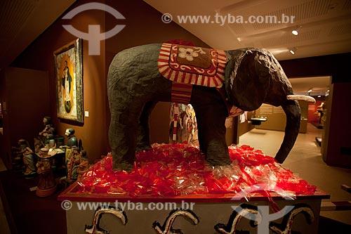 Elefante do Maracatu Elefante - grupo de Maracatu Nação ou Maracatu de Baque Virado - Exposição permanente na Fundação Joaquim Nabuco, Campus Gilberto Freyre (Uso cultural)   - Recife - Pernambuco - Brasil