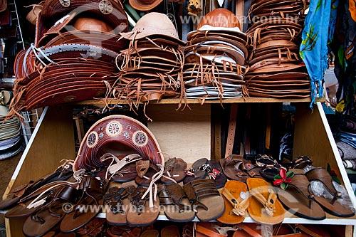 Assunto: Produtos de couro à venda no Mercado de São José (1875) / Local: Recife - Pernambuco (PE) - Brasil / Data: 02/2013