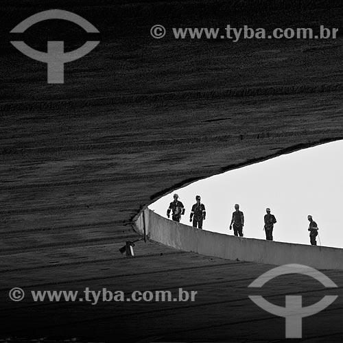 Assunto: Vista da marquise do Estádio Jornalista Mário Filho - também conhecido como Maracanã - em obras preparatórias da Copa do Mundo de 2014 / Local: Maracanã - Rio de Janeiro (RJ) - Brasil / Data: 02/2011