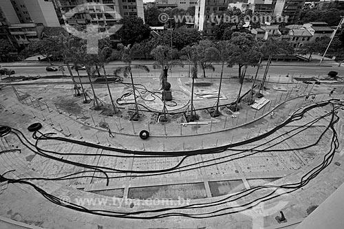 Assunto: Reforma do Estádio Jornalista Mário Filho - também conhecido como Maracanã - entrada principal do estádio com a Estátua do Bellini / Local: Maracanã - Rio de Janeiro (RJ) - Brasil / Data: 03/2013