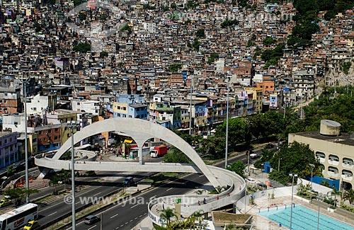 Assunto: Vista da passarela da Rocinha e autoestrada Lagoa-Barra / Local: São Conrado - Rio de Janeiro (RJ) - Brasil / Data: 01/2013