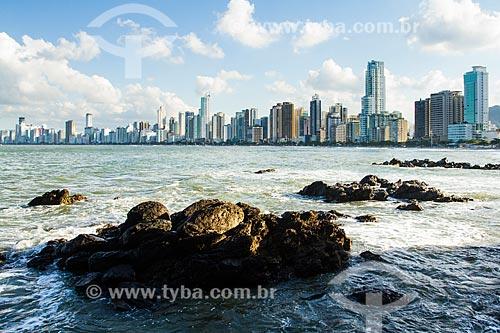 Assunto: Prédios da Cidade de Balneário Camboriú vistos do Pontal Norte da praia Central / Local: Balneário Camboriú - Santa Catarina (SC) - Brasil / Data: 03/2013