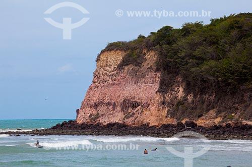 Assunto: Surfistas na praia do Madeiro  / Local: Distrito de Pipa - Tibau do Sul - Rio Grande do Norte (RN) - Brasil / Data: 03/2013