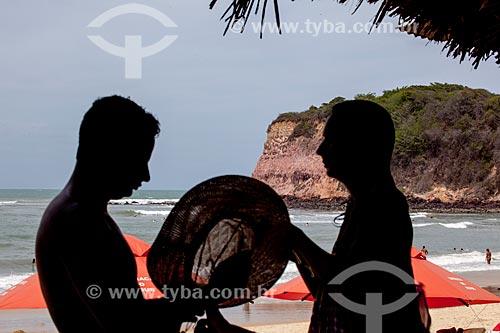 Assunto: Silhueta de casal na Praia do Madeiro  / Local: Distrito de Pipa - Tibau do Sul - Rio Grande do Norte (RN) - Brasil / Data: 03/2013