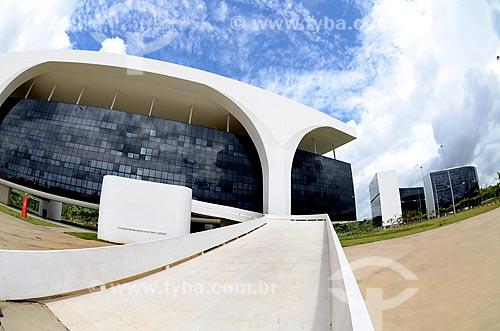 Palácio Tiradentes - sede do Governo do Estado - com os Prédios Minas e Gerais - sede das Secretarias do Governo do Estado - ao fundo da Cidade Administrativa Presidente Tancredo Neves (2010)  - Belo Horizonte - Minas Gerais - Brasil