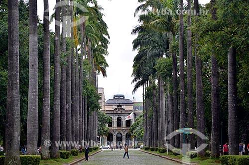Assunto: Palácio da Liberdade (1897) - integra o Circuito Cultural Praça da Liberdade - visto à partir da alameda da Praça da Liberdade  / Local: Belo Horizonte - Minas Gerais (MG) - Brasil / Data: 01/2013