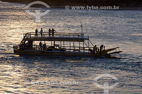 Assunto: Barco na Lagoa de Guaraíras, também conhecida como Lagoa do Tibau  / Local: Distrito de Pipa - Tibau do Sul - Rio Grande do Norte  (RN) - Brasil / Data: 03/2013