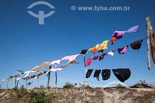 Assunto: Roupas secando em varal  / Local: Goianinha - Rio Grande do Norte (RN) - Brasil / Data: 03/2013