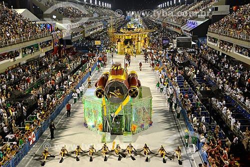 Desfile do Grêmio Recreativo Escola de Samba Acadêmicos do Grande Rio - Comissão de frente - Enredo 2013 - Amo o Rio e vou à luta: Ouro negro sem disputa... contra a injustiça em defesa do Rio  - Rio de Janeiro - Rio de Janeiro - Brasil