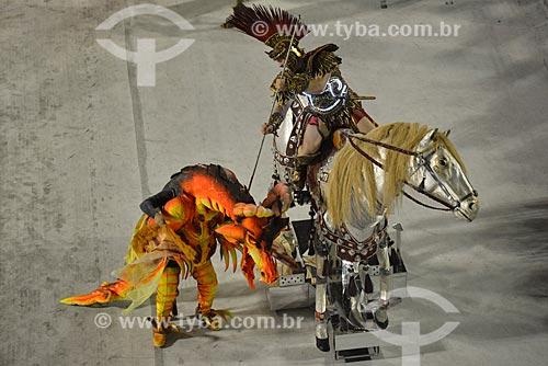 Desfile do Grêmio Recreativo Escola de Samba Beija-flor de Nilópolis - Detalhe da representação de São Jorhe na Comissão de frente - Enredo 2013 - Amigo Fiel, do cavalo do amanhecer ao Mangalarga Marchador  - Rio de Janeiro - Rio de Janeiro - Brasil