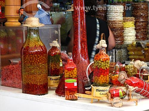 Assunto: Garrafas de pimenta à venda no Centro Luiz Gonzaga de Tradições Nordestinas / Local: São Cristovão - Rio de Janeiro (RJ) - Brasil / Data: 05/2013