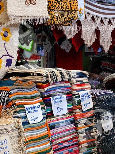 Assunto: Tapetes e mantas à venda no Centro Luiz Gonzaga de Tradições Nordestinas / Local: São Cristovão - Rio de Janeiro (RJ) - Brasil / Data: 05/2013
