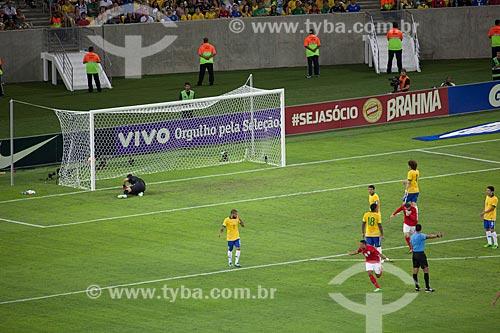 Assunto: Primeiro gol da Inglaterra - Chamberlain - no jogo amistoso entre Brasil x Inglaterra no Estádio Jornalista Mário Filho - também conhecido como Maracanã / Local: Maracanã - Rio de Janeiro (RJ) - Brasil / Data: 06/2013