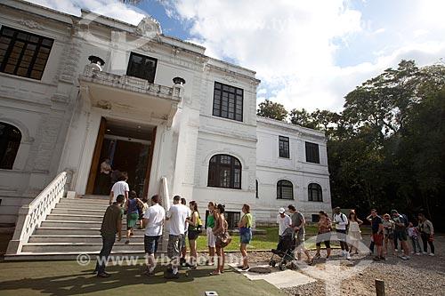 Assunto: Fila de visitantes no Museu do meio ambiente no Jardim Botânico do Rio de Janeiro / Local: Jardim Botânico - Rio de Janeiro (RJ) - Brasil / Data: 06/2013