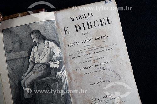 Assunto: Folha de rosto do livro Marilia e Dirceu de Thomaz Antônio Gonzaga / Local: Rio de Janeiro (RJ) - Brasil / Data: 06/2013