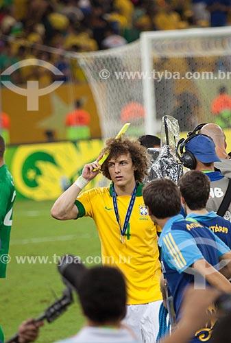 Assunto: David Luiz comemorando a conquista da Copa das Confederações no Estádio Jornalista Mário Filho - também conhecido como Maracanã / Local: Maracanã - Rio de Janeiro (RJ) - Brasil / Data: 06/2013