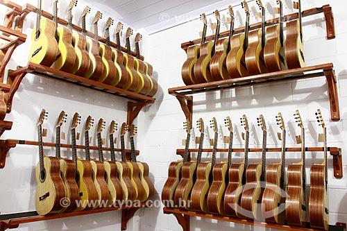 Violões produzidos com madeira certificada na Oficina Escola de Lutheria da Amazonia (OELA)  - Manaus - Amazonas - Brasil