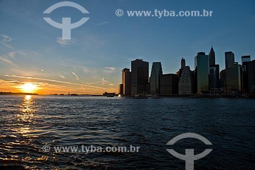 Assunto: Pôr do sol em Manhattan / Local: Nova Iorque - Estados Unidos da América - EUA / Data: 01/2013