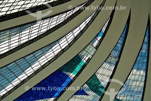 Assunto: Interior da Catedral Metropolitana de Nossa Senhora Aparecida (1958) - também conhecida como Catedral de Brasília / Local: Brasília - Distrito Federal (DF) - Brasil / Data: 04/2010