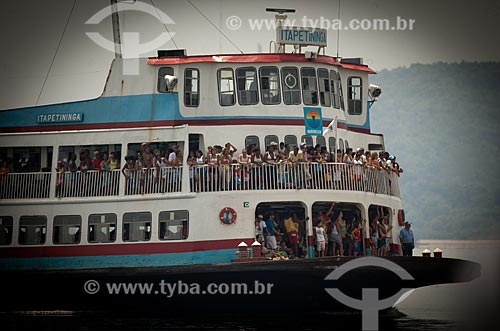 Assunto: Barca Itapetininga - utilizada na travessia entre Rio e Paquetá / Local: Rio de Janeiro (RJ) - Brasil / Data: 01/2007