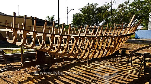 Assunto: Construção artesanal de barco pesqueiro / Local: Farol de São Thomé -  Campos dos Goytacazes - Rio de Janeiro (RJ) - Brasil / Data: 06/2013