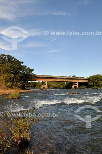 Assunto: Ponte sobre Rio Aporé - divisa dos estados de Goiás e Mato Grosso do Sul / Local: Aporé - Goiás (GO) - Brasil / Data: 07/2013