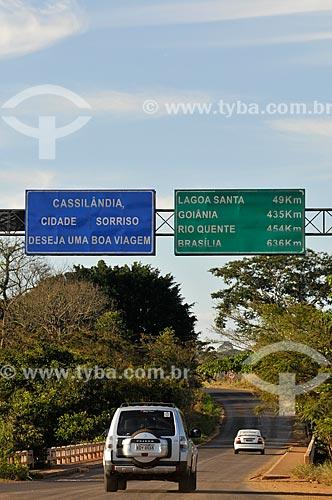 Assunto: Ponte sobre Rio Aporé na entrada da cidade de Cassilândia - divisa dos estados de Goiás e Mato Grosso do Sul / Local: Cassilândia - Mato Grosso do Sul (MS) - Brasil / Data: 07/2013