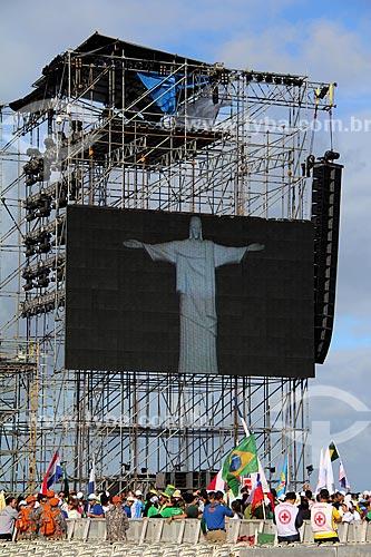 Assunto: Estrutura metálica com telão, próximo ao palco principal da Jornada Mundial da Juventude, montado na praia de Copacabana / Local: Copacabana - Rio de Janeiro (RJ) - Brasil / Data: 07/2013