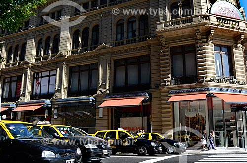Assunto: Fachada lateral da Galerías Pacífico (Galerias Pacífico) / Local: Buenos Aires - Argentina - América do Sul / Data: 01/2012