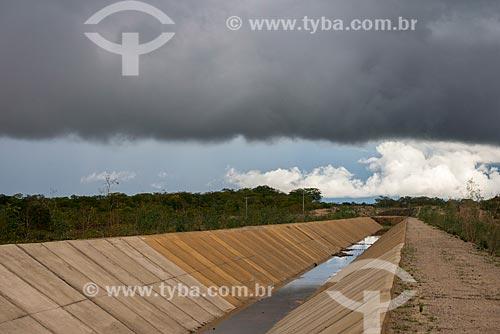 Assunto: Canal de transposição do Rio São Francisco lote 10 -  Projeto de Integração do Rio São Francisco com Bacias Hidrográficas do Nordeste Setentrional / Local: Custódia - Pernambuco (PE) - Brasil / Data: 06/2013