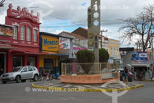 Assunto: Esquina da Rua Cardeal Arcoverde com a Praça Dom José Lopes / Local: Pesqueira - Pernambuco (PE) - Brasil / Data: 06/2013
