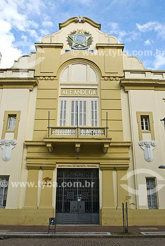 Assunto: Prédio da Inspetoria da Receita Federal (Alfândega) na Rua Siqueira Campos / Local: Porto Alegre - Rio Grande do Sul (RS) - Brasil / Data: 07/2013
