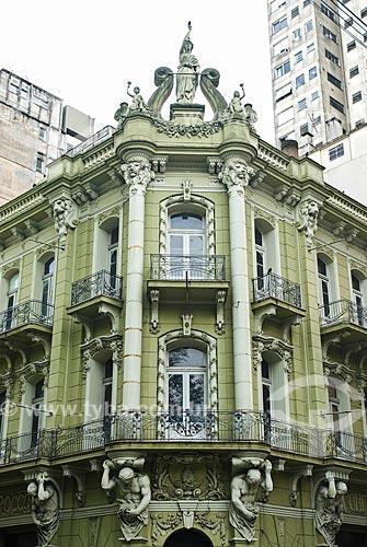 Assunto: Confeitaria Rocco (1922) na Praça Conde de Porto Alegre (Antiga Praça do Portão) / Local: Porto Alegre - Rio Grande do Sul (RS) - Brasil / Data: 07/2013