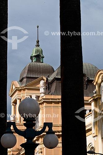 Assunto: Cúpula do antigo prédio do Correios e Telégrafos, atual Memorial do Rio Grande do Sul (1913) / Local: Porto Alegre - Rio Grande do Sul (RS) - Brasil / Data: 07/2013