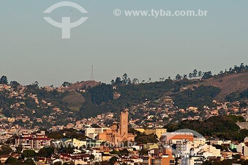 Assunto: Vista geral dos prédios no cidade de Porto Alegre com a Igreja Santo Antônio do Partenon / Local: Centro - Porto Alegre - Rio Grande do Sul (RS) - Brasil / Data: 07/2013