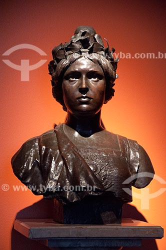 Assunto: Busto em bronze na Sala dos Símbolos do Museu da República - antigo Palácio do Catete - busto feminino representando a República / Local: Catete - Rio de Janeiro (RJ) - Brasil / Data: 08/2011