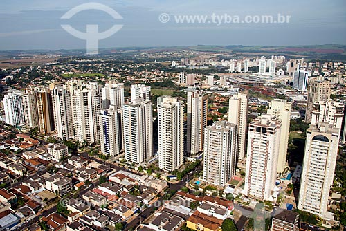 Assunto: Vista aérea da cidade de Ribeirão Preto próximo à Avenida Professor João Fiuza / Local: Ribeirão Preto - São Paulo (SP) - Brasil / Data: 05/2013
