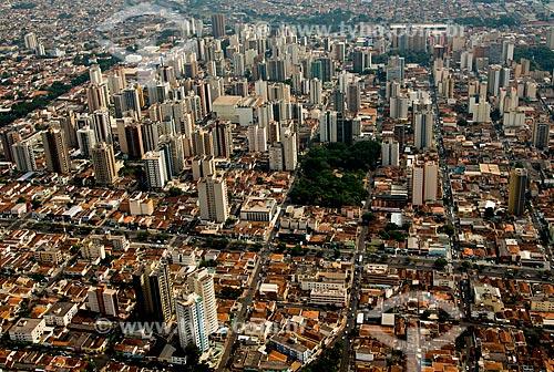 Assunto: Vista aérea da Avenida Independência e da Praça Aureliano de Gusmão / Local: Ribeirão Preto - São Paulo (SP) - Brasil / Data: 05/2013