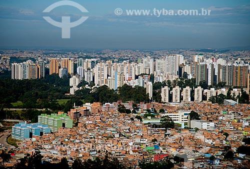Assunto: Favela Paraisópolis com os edifícios da Avenida Giovani Gronchi ao fundo / Local: Paraisópolis - São Paulo (SP) - Brasil / Data: 06/2013