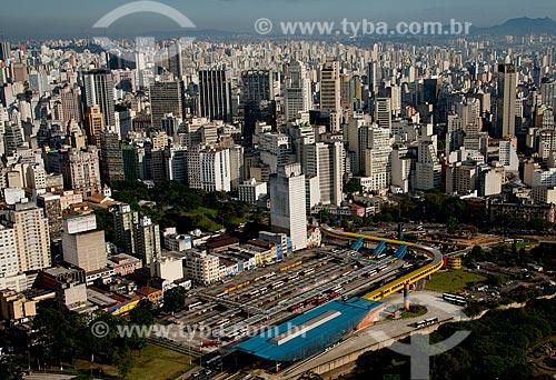 Assunto: Vista aérea do Terminal Parque Dom Pedro II (1971) e do Terminal Mercado com prédios ao fundo / Local: São Paulo (SP) - Brasil / Data: 06/2013