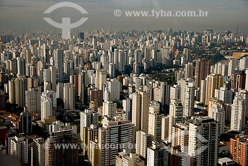 Assunto: Vista aérea de edifícios em São Paulo - Perdizes e Higienópolis ao fundo / Local: São Paulo (SP) - Brasil / Data: 06/2013